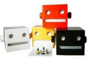держатели-роботы для туалетной бумаги